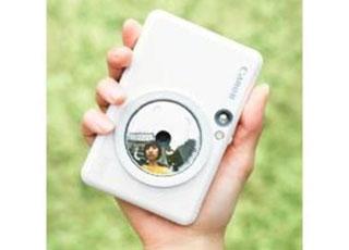 手のひらサイズのインスタントカメラプリンター
